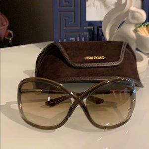Authentic Tom Ford Whitney sunglasses and case